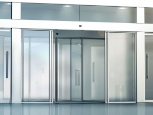 Automated sliding door entrance