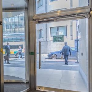 Glass Automatic Entrances
